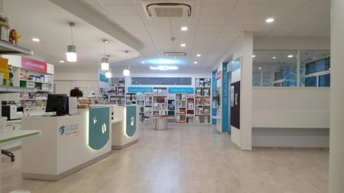 Espace d'accueil - banque d'accueil - vente