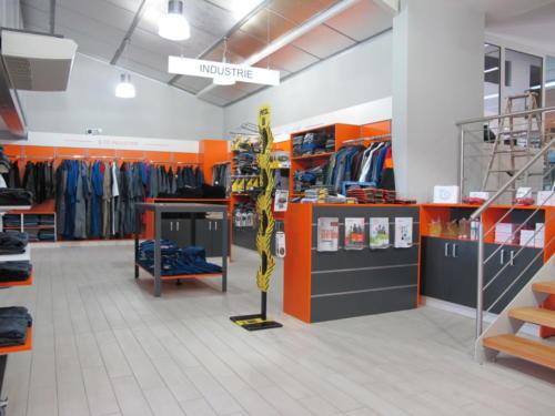 Espace de vente - rayonnage _ ilot _ mural